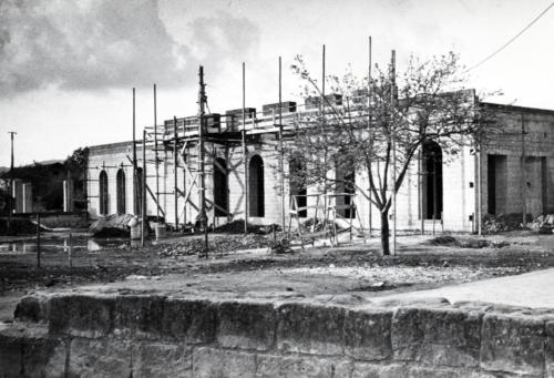 Teatro - lavori di costruzione  del complesso parrocchiale